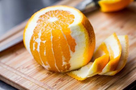 orange peel: Cleared of peel orange, cooking dish