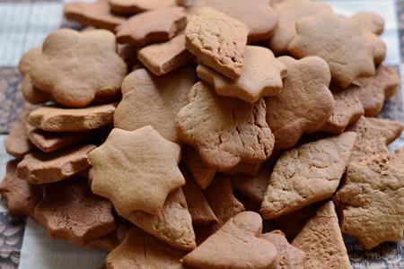 galleta de jengibre: galletas de jengibre caseros tradicionales para la Navidad Foto de archivo