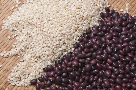 fiber food: Brown rice and red beans