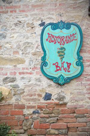 restaurateur: Billboard medievalstyle Bar and Restaurant