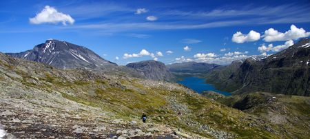The lake Gjende in Norway. From the famous Bessegen hike in Jotunheim National Park, Norway Stock Photo - 4221885