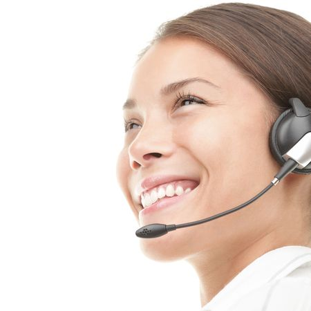 hotline: Headset vrouw in profiel - closeup op een witte achtergrond.