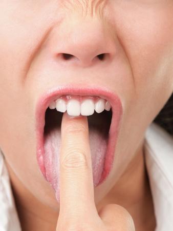 vomito: Vomitando. Empresaria harto y molesta el hecho mostrando gesto a v�mito.  Foto de archivo