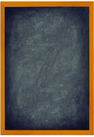 수직의: 나무 프레임 칠판  칠판 빈티지 질감 배경입니다. 세로 흰색 배경에 고립 된 근접 촬영 전체 프레임을 표시합니다. 텍스트를 추가하고 기호로 사용합니다. 스톡 사진