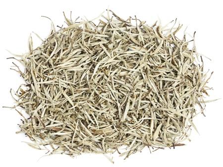 wei�er tee: Tee - Wei�er Tee Bl�tter. Chinese Silver Needle wei�er Tee von Premium-Luxus-Qualit�t. Bai Hao Yinzhen Tee auf wei�em Hintergrund.