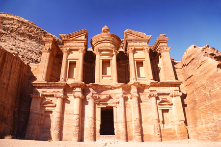Jordan travel destination - The Monastery, Petra's largest monument, in Jordan. Standard-Bild