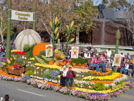 corn flower: Pasadena, California, USA - January 1, 2010: The Tournament of Roses Parade was televised across the world. Editorial