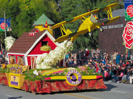 focuses: Each New Years Day in the United States, the world focuses its attention on Pasadena, California, U.S.A., home of the Tournament of Roses Parade.  People from all over the world love this event and make it a yearly tradition to be a part of it.The Rose P Editorial