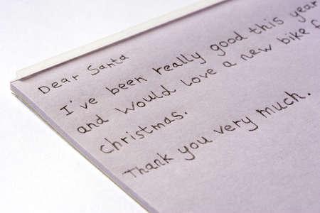 クリスマスの自転車を求めてサンタへの手紙。