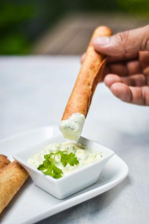 mayonesa: Palillos de pollo con salsa de mayonesa