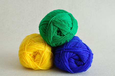 gomitoli di lana: palline colorate di lana