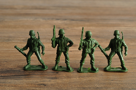 plastic soldier: Plastic toy army figurines