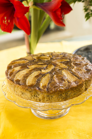 teatime: Apple upside down cake with honey and brown sugar perfect for tea-time