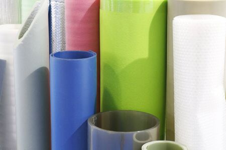 Plastic products. Manufacture of plastic products. Polymer plant for the production of necessary goods on the farm. Production from thermoplastics of a wide range of products. Foto de archivo