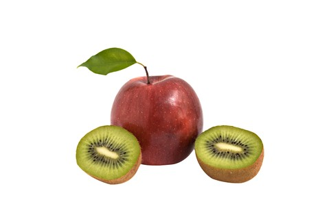 actinidia deliciosa: Apple and sections of kiwi fruit Stock Photo
