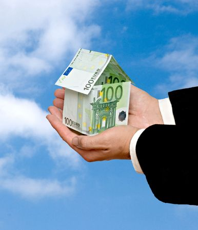 dweling: Money home in hands