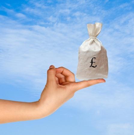 britan: Bag with money