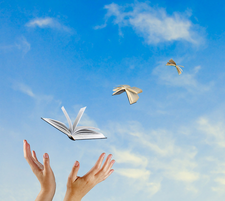 libros volando: Libros que vuelan de mano