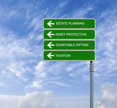 Richting verkeersbord naar estate planning Stockfoto