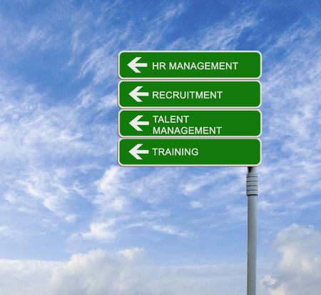 relaciones laborales: Road sign to HR management Foto de archivo