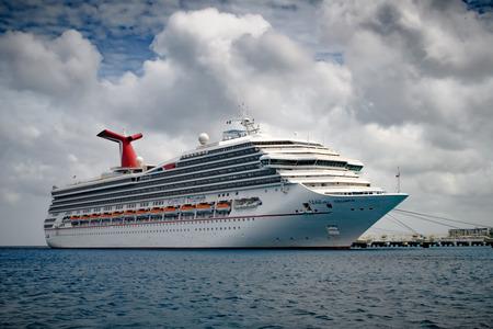 Arriving cruise ship on the Caribbean sea