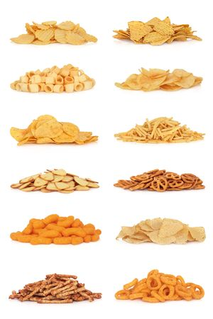 Colección de snack de comida basura, aislado sobre fondo blanco.  Foto de archivo