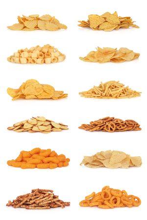 tortilla de maiz: Colecci�n de snack de comida basura, aislado sobre fondo blanco.  Foto de archivo