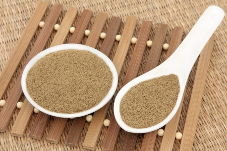 elixir: Fo ti tieng hierba usada en la medicina herbal china como un tratamiento de rejuvenecimiento y conocido como el elixir de la vida Foto de archivo