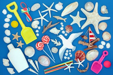 Symbols of the seaside in summer