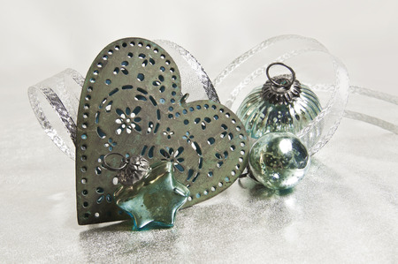 kugel: turquoise Christmas decoration; star, heart and bauble