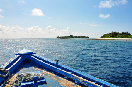 tourismus: boat in the indian ocean