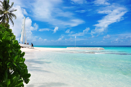 tourismus: indian ocean, beautiful maldivian beach