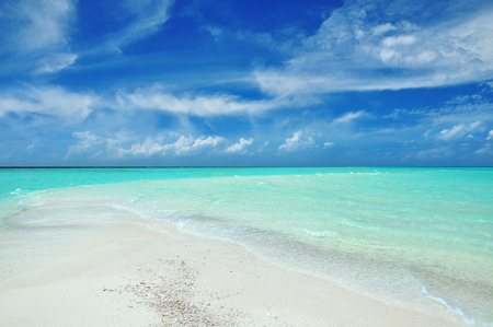indian ocean, beautiful maldivian beach