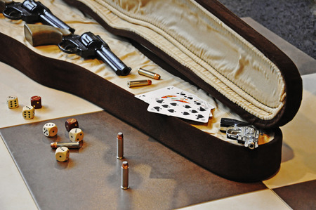 knave: wide range of accessories to play poker