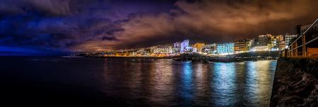 Puerto de la Cruz at night