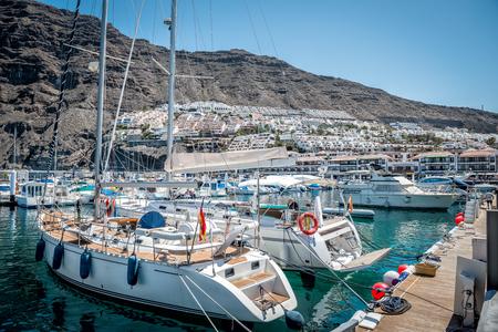 Puerto de Santiago - Los Gigantes van Tenerife