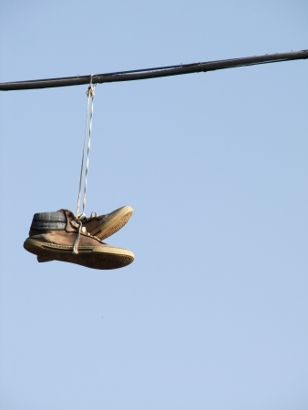 tossing: Shoe tossing