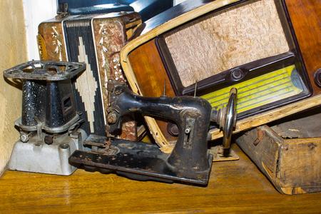 primus: The dump the old stuff -  sewing machine