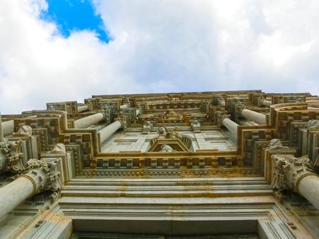 Cathédrale de Gérone en Catalogne, Espagne, architecture romane, gothique et baroque