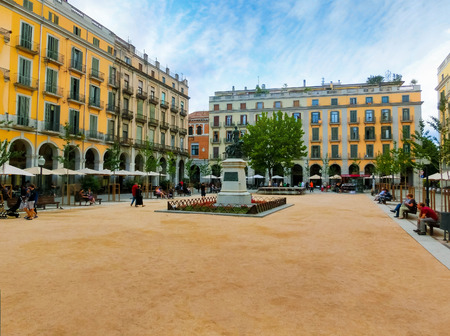 spanish home: Pals, Girona, Spain - September 5, 2015: Independence Square Plaza de la Independencia in the old town of Girona, Spain