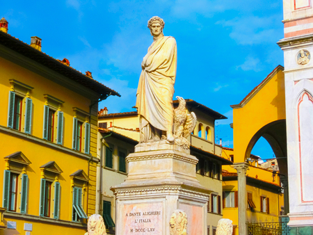 dante alighieri: Florence, Italy - May 01, 2014: The statue of Dante Alighieri in Piazza S. Croce in Florence Editorial