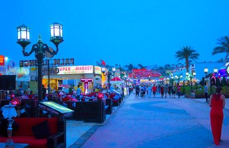 naama bay: Sharm El Sheikh, Egypt - April 13, 2017: One of the shopping streets, Naama Bay at Sharm el Sheikh, Egypt