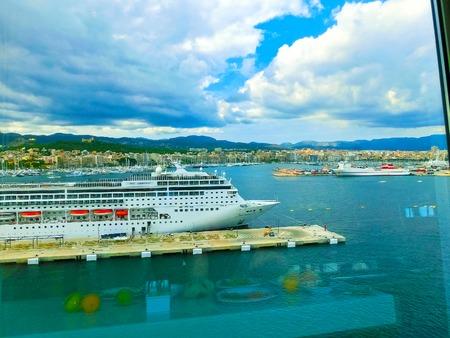 mallorca: Palma de Mallorca, Spain - September 07, 2015: Royal Caribbean, Allure of the Seas