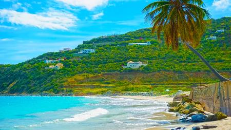 Paisagem da Praia de Saint Martins no Caribe