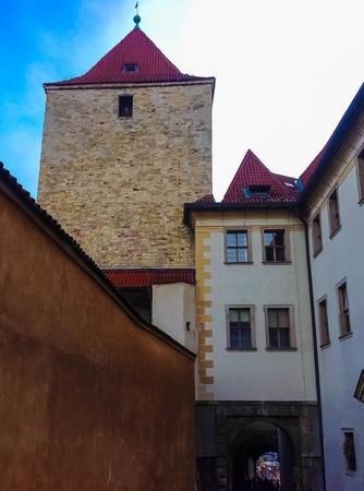 Castello di Praga Torre di Daliborka alla repubblica Ceca, Europa orientale Archivio Fotografico - 94976828