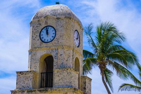 Palm Beach, Florida, USA. The clock tower on Worth Ave Reklamní fotografie
