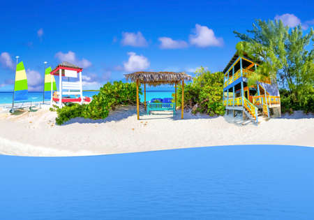 Half Moon Cay - small Caribbean island at Bahamas. Blue water and white sand. Collage Standard-Bild