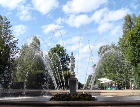 saint petersburg: Fountains of Petergof, Saint Petersburg, Russia