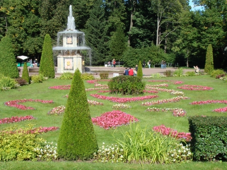 royal park: Fountains and Garden of Peterhof