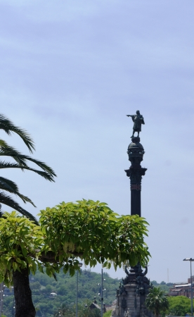 Christopher Columbus Monument in Barcelona photo